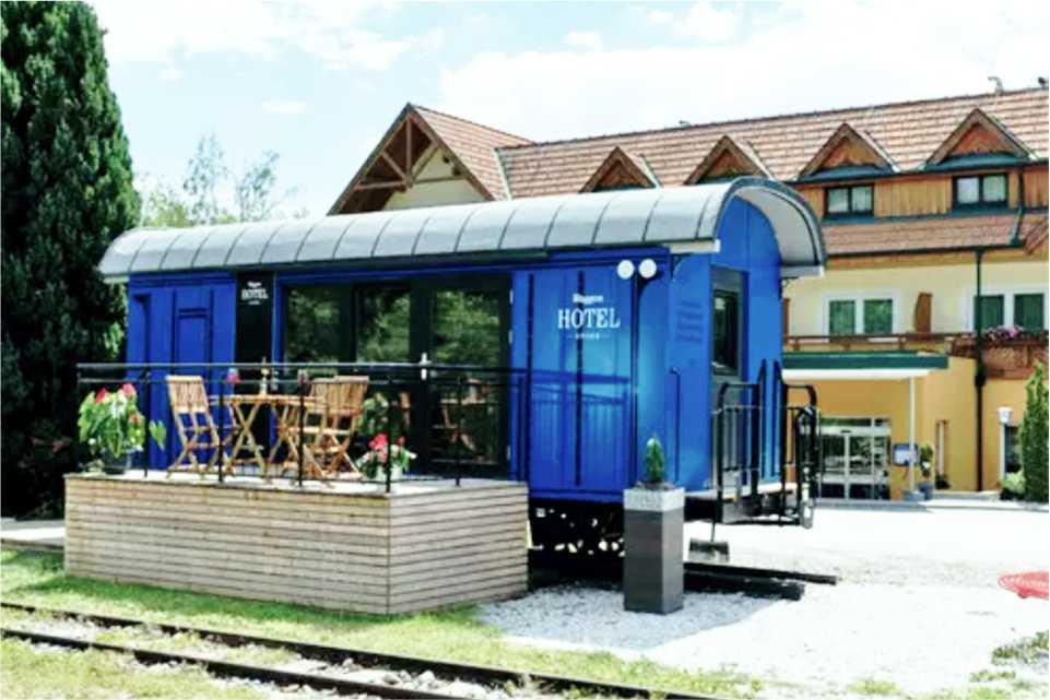 Hotel Angerer-Hof - Steiermark Gastgeber am Feistriztalradweg R8 Waggonhotel